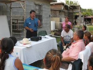Javier Parra facilitates KYR training at a home in colonia Eduardos II